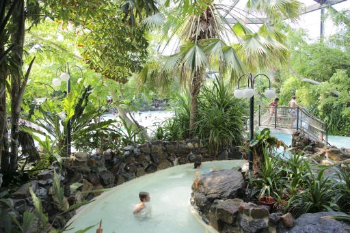 Korting voor center parcs de eemhof in zeewolde for Zwembad thuis prijzen