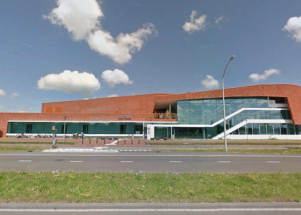 Zwembad Waddinxveen Openingstijden.Zwembad Het Hofbad Den Haag Informatie Foto S Reviews En