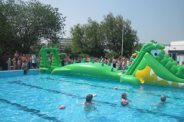 Met korting zwemmen bij center parcs contante verkopen zonder factuur