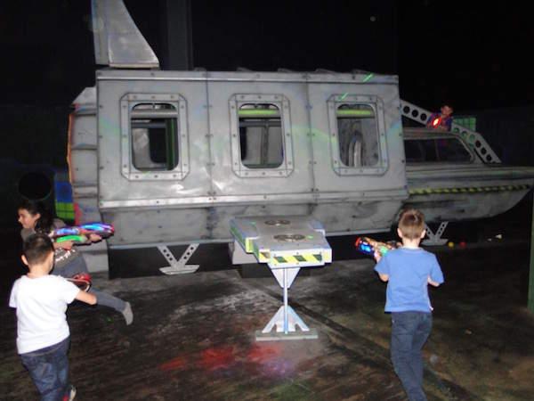 lasergame: aanvallen, dekking, schieten bij monkey town warmond in