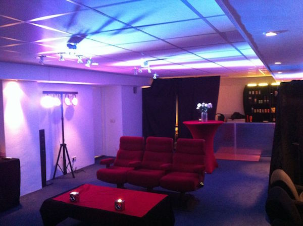 openingstijden prijzen van club cinema in amsterdam. Black Bedroom Furniture Sets. Home Design Ideas