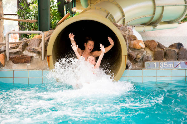 Het Vennenbos Zwembad.Zwembad Landal Het Vennenbos Hapert Informatie Foto S Reviews En