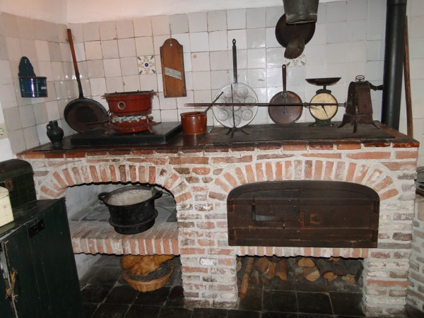 Oude keuken bij nederlands bakkerijmuseum in hattem fijnuit