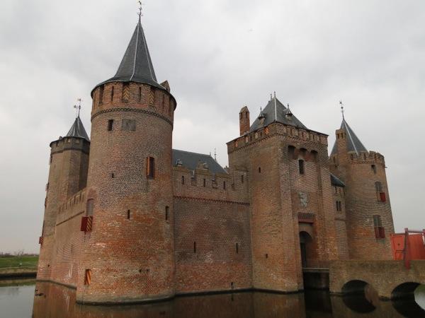 Sinterklaas op het muiderslot kasteel muiderslot in for Werkbladen ridders en kastelen