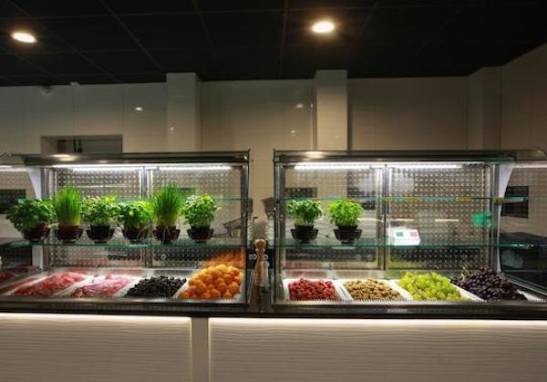 Kies Je Favoriete Eten Aan Het Buffet Bij Eten Zo Zoetermeer In